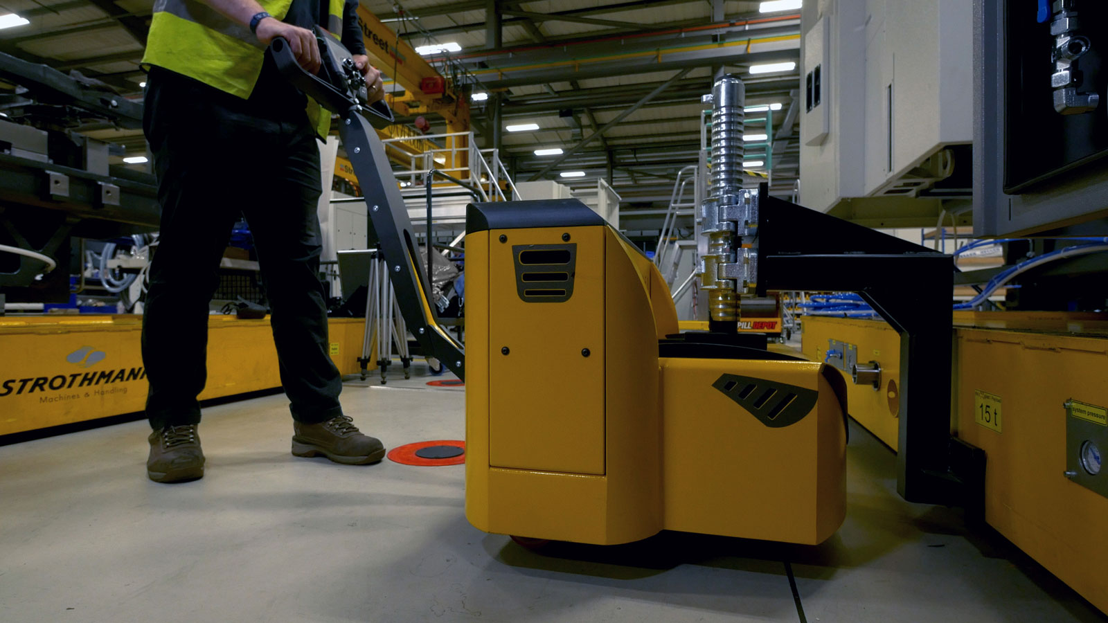 Image of a electric tug motormover used in material handling