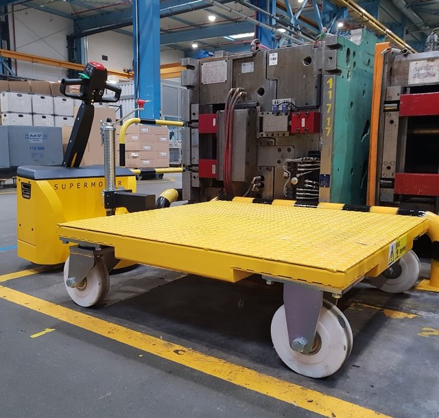 Motormover yellow trolley for material handling