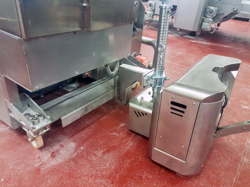 Stainless Maxi motormover in food industry
